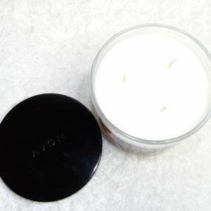 Avon Accents - AVON Flamingo Island Candle 11oz Fruit Scent
